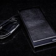 sac-khong-day-Vertu–V-Wireless-Charging-Pad-2